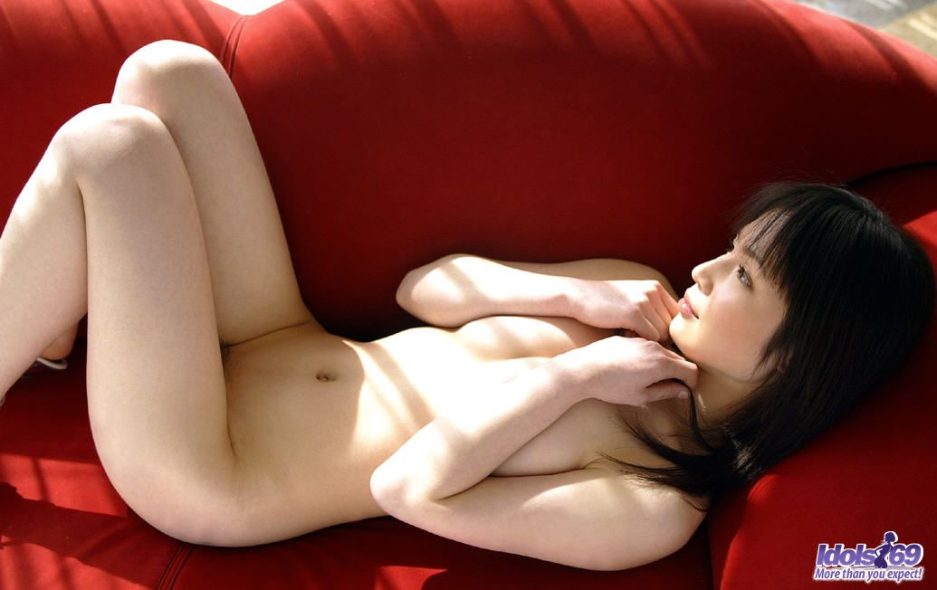http://www.idols69.net/pictures/3-Ami/08.jpg
