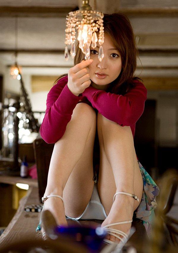 http://www.idols69.net/pictures/657-Maiko-Kazano/06.jpg