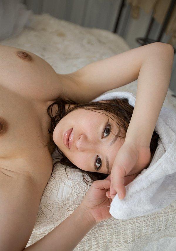 http://www.idols69.net/pictures/657-Maiko-Kazano/15.jpg